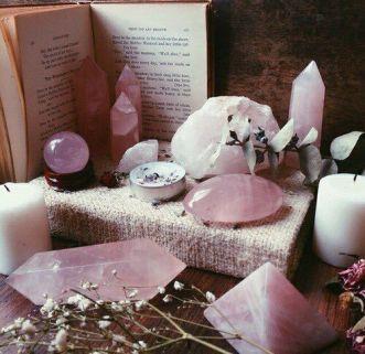 espace-sacre-quartz-rose-autel